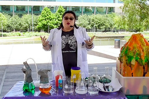Discovery Green Online: Mad Science